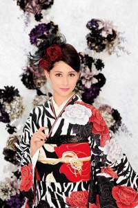 ダレノガレ明美さんが表紙の「KIMONO PRINCESS」